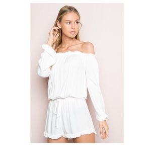 Brandy Melville ✨NEW WITH TAG✨ white romper